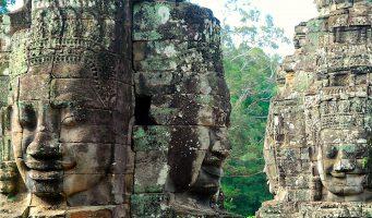 statues de Angkor Thom au Cambodge