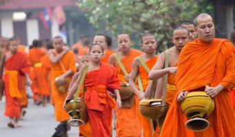 bonzes laotiens